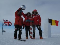 On 29 December 2011, the Basque Trio has arrived at South Pole