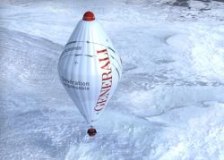 A balloon to fly over the arctic icepack
