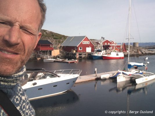 2 July / The tiny fishing community of Sør-Gjeslingan has a well-sheltered harbour.