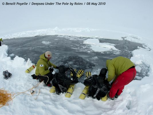 Up until Saturday (May 9th 2010), they had been out on the sea-ice for 44 days, having covered a distance of 166 kilometres since being dropped off in the vicinity of the North Pole. They are currently 231 kilometres from the Pole itself..