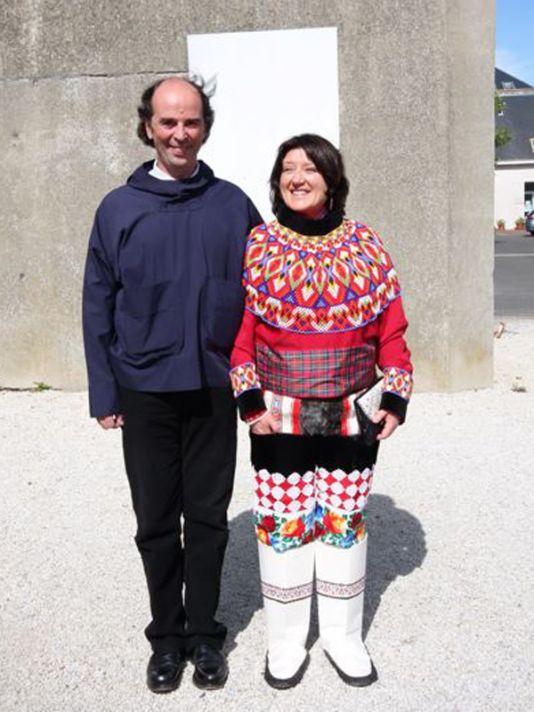 Pierre Auzias & Annie Kérouedan, a couple from Granville currently living in Uummannaq, founding members of the twinning committee