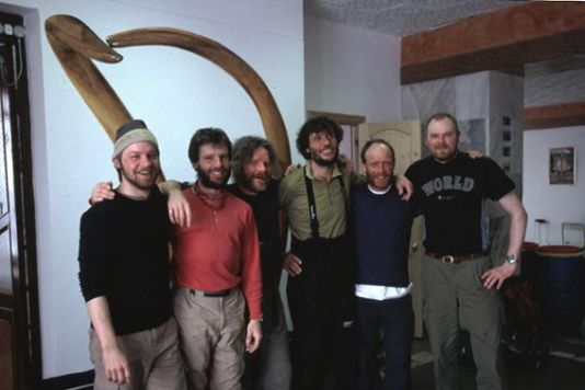 Saturday May 4: In Khatanga, Hubert and Dansercoer bump into some old polar buddies who have also just returned from an expedition. From left to right: Petter Nyquist, Dixie Dansercoer, John Muir, Alain Hubert, Eric Philips, and Kjetill Holen.